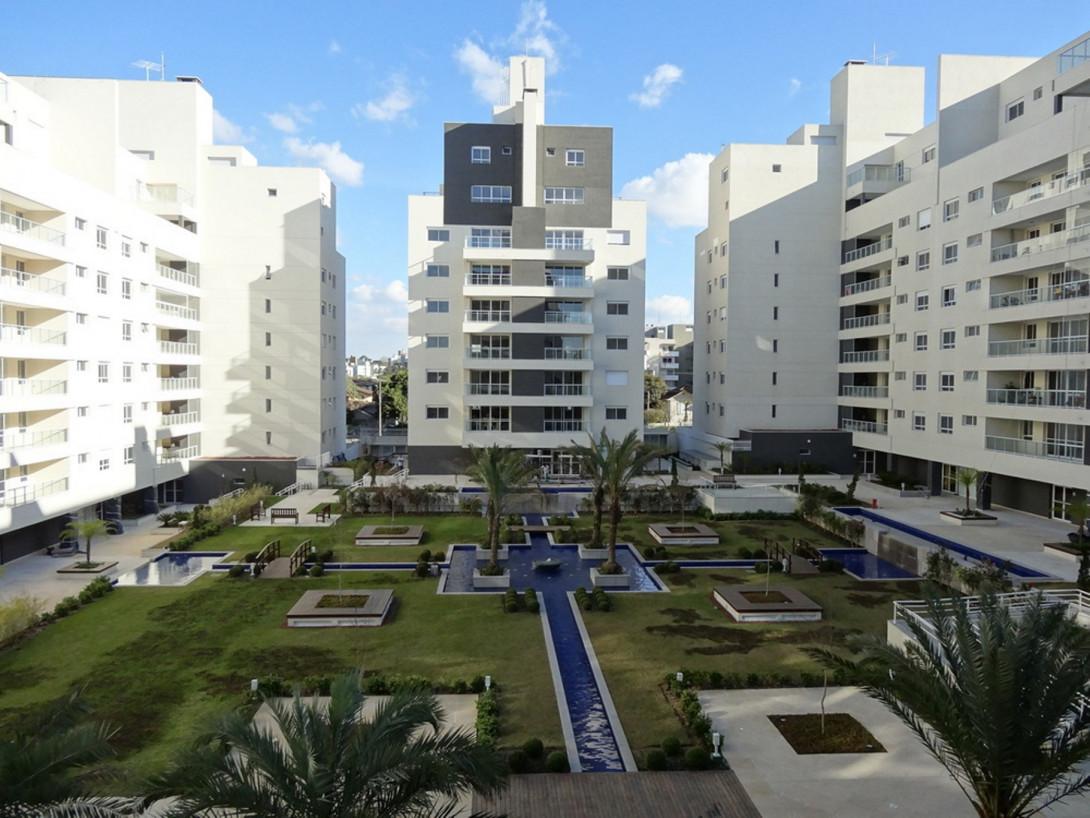 Foto 34 - APARTAMENTO em CURITIBA - PR, no bairro Água Verde - Referência LE00829