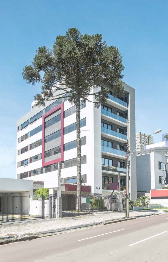 Foto 2 - COMPLEXO COMERCIAL em CURITIBA - PR, no bairro Alto da Glória - Referência LE00852