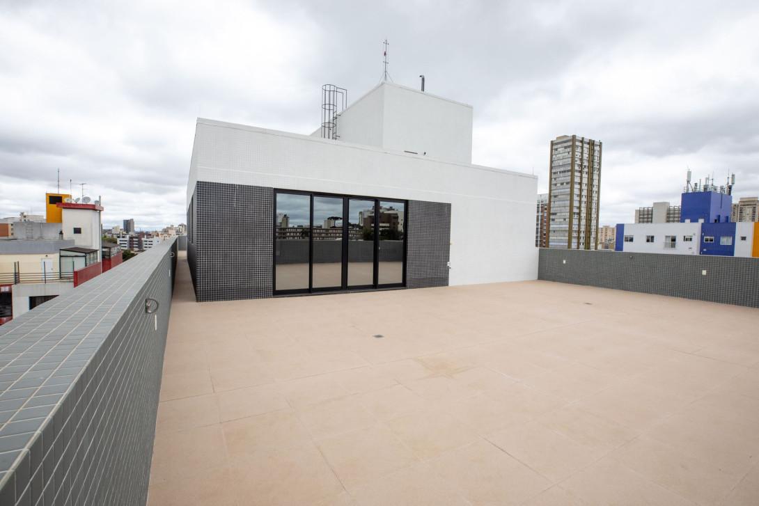 Foto 3 - COMPLEXO COMERCIAL em CURITIBA - PR, no bairro Alto da Glória - Referência LE00854