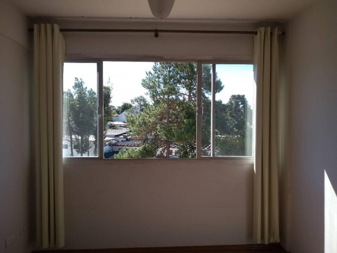 Foto 12 - APARTAMENTO em CURITIBA - PR, no bairro Centro Cívico - Referência PR00002