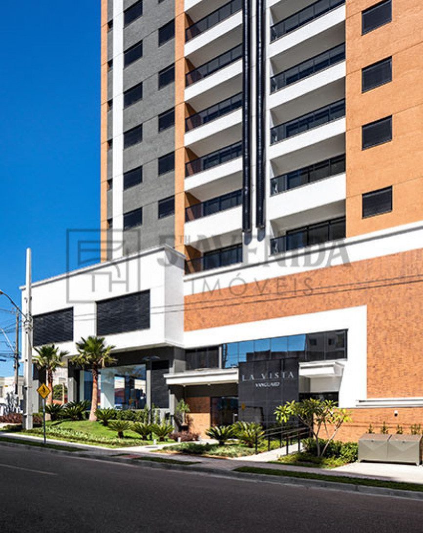 Foto 1 - APARTAMENTO em CURITIBA - PR, no bairro Boa Vista - Referência LE00142