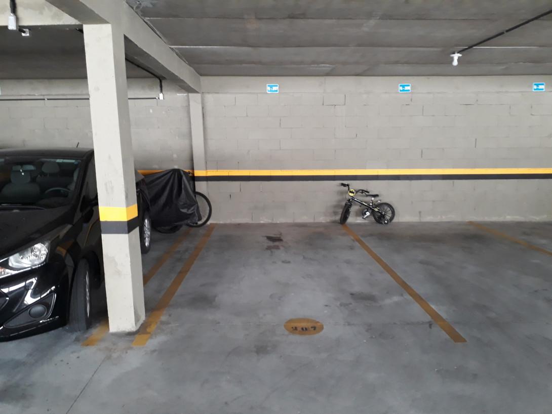 Foto 7 - APARTAMENTO em CURITIBA - PR, no bairro Campo Comprido - Referência LE00166