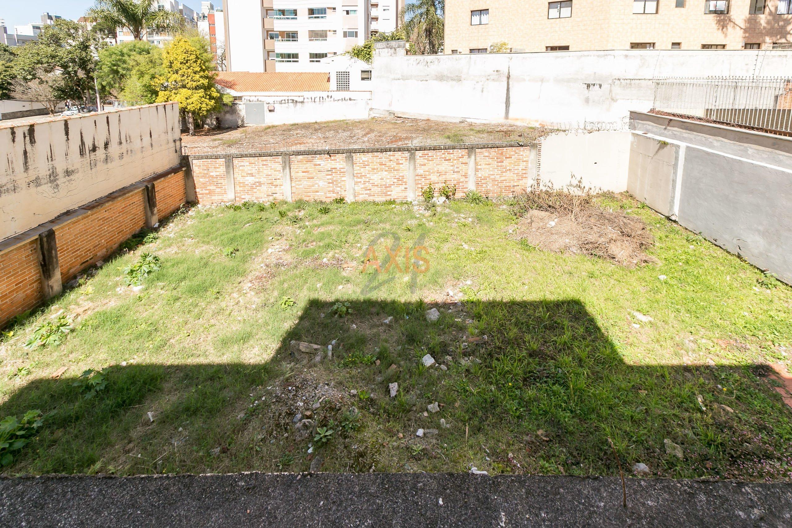 Casa / Sobrado à Venda - Juvevê